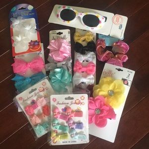 Girls bows and sunglass bundle - never worn!